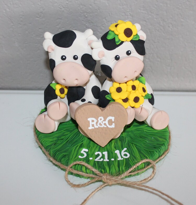 cow wedding cake toppers uk custom cow wedding cake topper by carlyace on etsy 13034