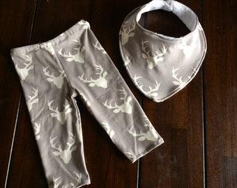 Grey Deer Sillouette Baby Leggings and Handerchief Bib Set, Baby Shower Gift