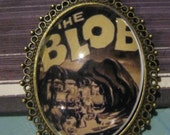 Vintage Horror Film Necklace, Retro Scary Movie, The Blob, Vintage Horror, Occult Film, Halloween Jewelry, Movie Poster, Science Fiction