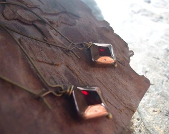 OLD RED GLASS delicate bronze vintage earrings (893)