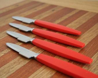 Rostfritt Stal Red Handled Knives - set of 4
