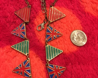 United Kingdom flag necklace Metal with clasp gold tone