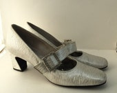 Silver Metallic Heels Mary Jane Shoes Rhinestone Buckle Square Toe Pumps Chunky Heel Size 9A 1960's Fanfares Vintage