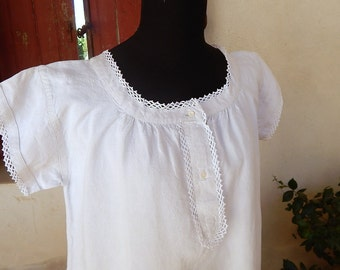 French Vintage Chemise Nightgown in Linen with Crocheted Lace