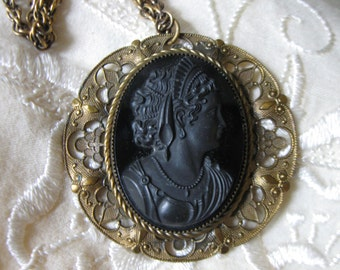 Large Victorian Revival Queen Victoria Cameo Pendant