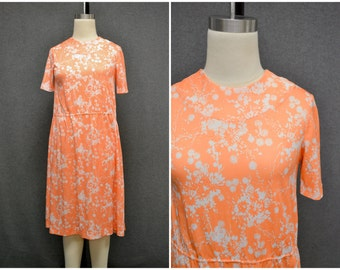 1970s Peach Poly Floral Dress