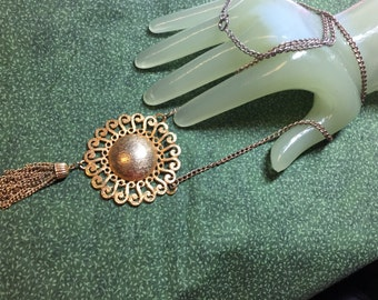 "Vintage 24"" Goldtone Chain Necklace 4"" Long Tassel Round Pendant 24"" Long"