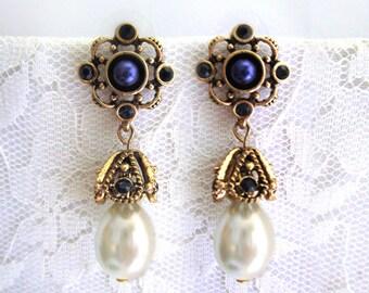Boho Blue Sapphire earrings Pearl drop earrings Dangle Bridesmaid Jewelry Elegant Evening Earrings Chic Wedding jewelry gold