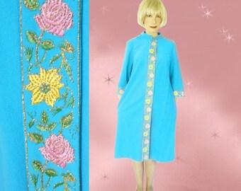 Plus Size Fleece Robe - Womens Vintage 60s Evelyn Pearson Bathrobe for Spring - Soft Fleece Robe - Vintage Housecoat - House Robe with Snaps