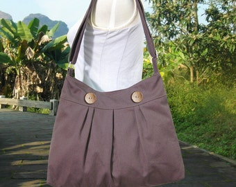 brown cotton canvas shoulder bag / travel bag / messenger bag / diaper bag / cross body bag, zipper closure