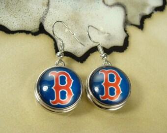 BOSTON RED SOX mlb Basedball 18mm snap button silver dangle fun sports earrings 1 pair