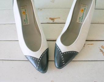 1960s BLUE and WHITE Two Toned Heels....size 10 women...liz claiborne heels. retro. pumps. navy and white. mad men heels. nautical. wedding