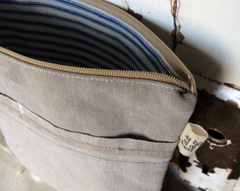 DUFFLE - reconstructed military duffle bag zippered pouch