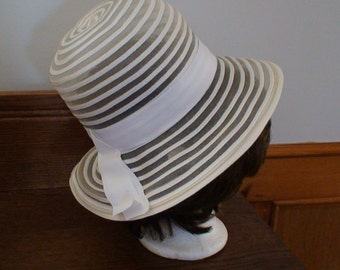 White Mesh Straw Texture Hat Wide Grosgrain Ribbon Trim 1960s High Style Easter Summer