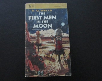 Vintage Paperback The First Men in The Moon by H.G. Wells SciFi