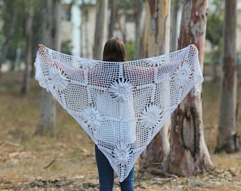 Ivory-Cream Wraps Shawl Off white Crocheted wrap shawl scarf Evening  shawl Crochet Shawl