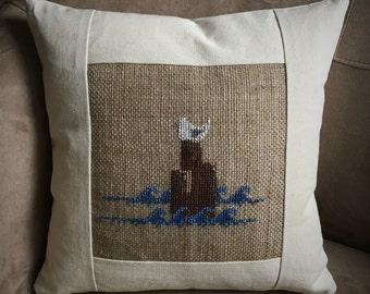 Nautical Pillow Seagull Pillow Natural Burlap Pillow // Beach Decor // Coastal Decor // Beach House Decor