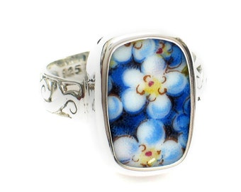 Size 11 Broken China Jewelry Blue Forget Me Not Flowers AE Sterling Ring
