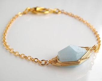 Aquamarine March Birthstone Bracelet - Aquamarine Bracelet- March Birthstone, Aquamarine Jewellery, Pisces Birthstone, Gold Bracelet, Unique
