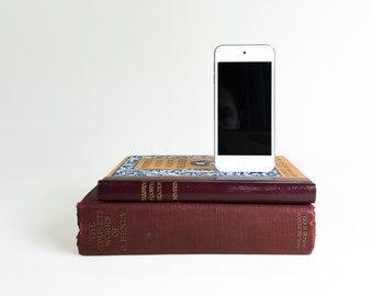 Mcguffey's Fourth Reader and O. Henry - Vintage Double booksi for iPhone
