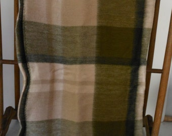 Acrylic Blanket Wearable TENNESSEE MILLS Throw/Bed Roll