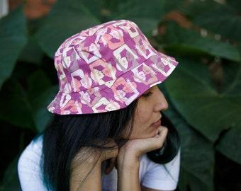 Pash print bucket hat
