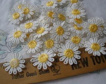 White & Yellow Daisy Appliques 27MM wide retro 30 pieces flower embellishment wedding bridal boho hippie sew or glue on scrapbook