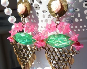 SALE 50% OFF In The Nature Floral Resin Geometric Earrings - Pink Flower - Leaves - Green and Pink - Summer Trends - Gift Ideas - For Her
