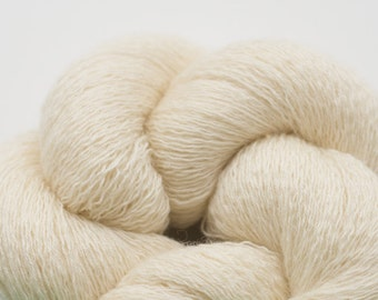 Seashell Cream Wool Silk Cashmere Blend Fine Lace to Cobweb Weight Reclaimed Yarn, 2447 Yards Available