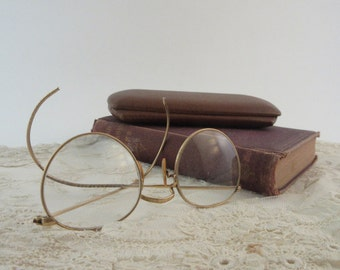 Vintage B&L Eye Glasses Gold filled Wire Rims Original Case Drs Ruud
