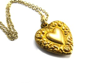 Victorian Necklace, Gold Puffy Heart Pendant Necklace, Heart Jewelry, Antique Gold Heart Flowers, Vintage Layering Necklace, Antique Jewelry