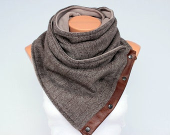 Mens scarf ,mens neckwarmer scarf,Unisex winter chunky scarf,infinity  NECKWARMER with snaps on GENUINE LEATHER