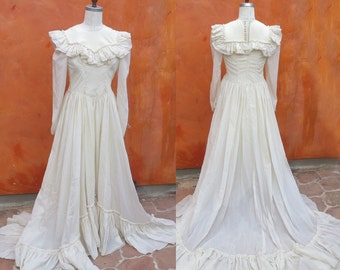 1940s Victorian Style Ivory Floor Length Gown Dress with Train bustle. Dickens Faire Steampunk Full sweep skirt. edwardian western old west