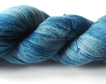 Hand painted merino ultrafine yarn 100g hand dyed: Oslo