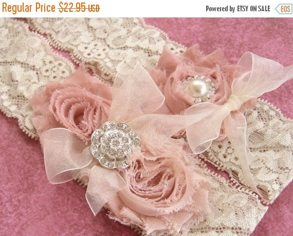 summer sale vintage bridal garter wedding by nanarosedesigns. Black Bedroom Furniture Sets. Home Design Ideas
