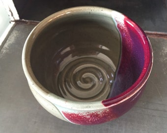 Handmade Pottery Bowl - red and beige  glazes - Great size for soup - dishwasher and microwave safe