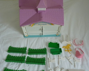 Vintage My little pony G1 show stable with accessories