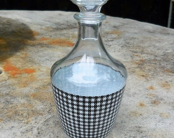 Vintage Mid-Century Hounds Tooth Decanter