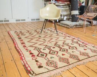 5x7 Vintage Moroccan Rug