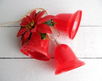Vintage Lighted Red Christmas Bells Cluster with Poinsettia - NOS Original Box