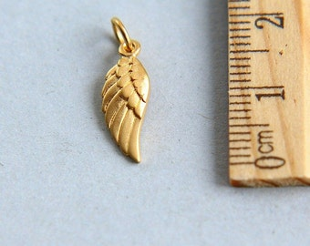Wing Charm, Gold Angel Wing Charm, Gold Angel Wing Pendant, Satin 24K Gold Plated Sterling Silver Tiny Angel Wing Charm, 20mm ( 1 piece )