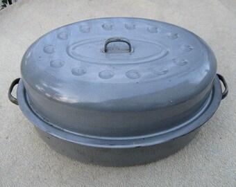 "Vintage 15"" Large Covered Mottled Grey Granite Enamel Roasting Pan Turkey Chicken Roast BBQ Baking Ovenware"