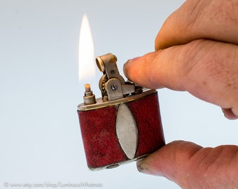 Working 1930s Ronson De-Light Junior Automatic Pocket Lighter With Original Red Leather