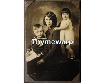 Vintage 1920's Family Photograph Cabinet Card