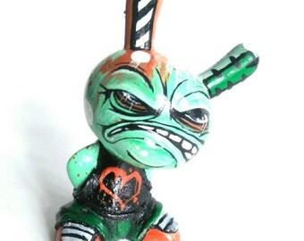 Dunnitz resin custom graffiti art toy hand painted dunny