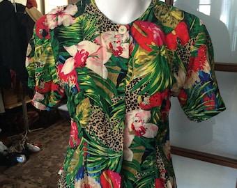 Short sleeve tropical print 90s top