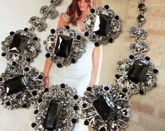 Wedding jewelry set, bridal jewelry, Bridal bib necklace earrings, vintage inspired Black crystal necklace statement, crystal jewelry set