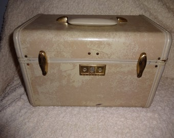 Vintage Samsonite Train Case White Marbalized Hard Body