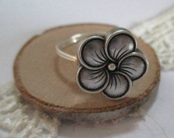 Neroli Flower Button Ring, Wire Wrapped