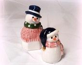 25% YR END SALE Vintage Snowman S & P Shakers - Vintage Salt and Pepper Shakers - Glazed Ceramic